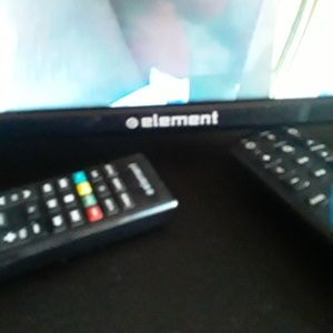 50 Inch smart tv element NWT